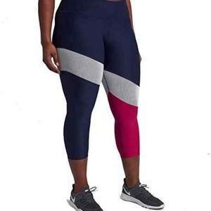 Nike power victory colorblock capris